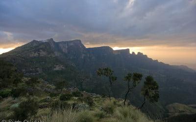"""Góry Siemen – Galeria """"W drodze"""""""